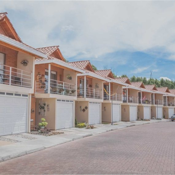 Casas en Mazanares