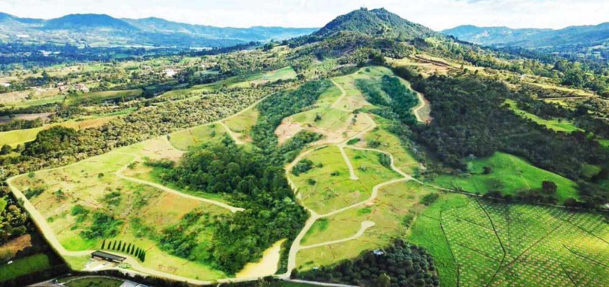 Vista Aérea LLanogrande Hills, Constructora Serving - Servicios de Ingeniería